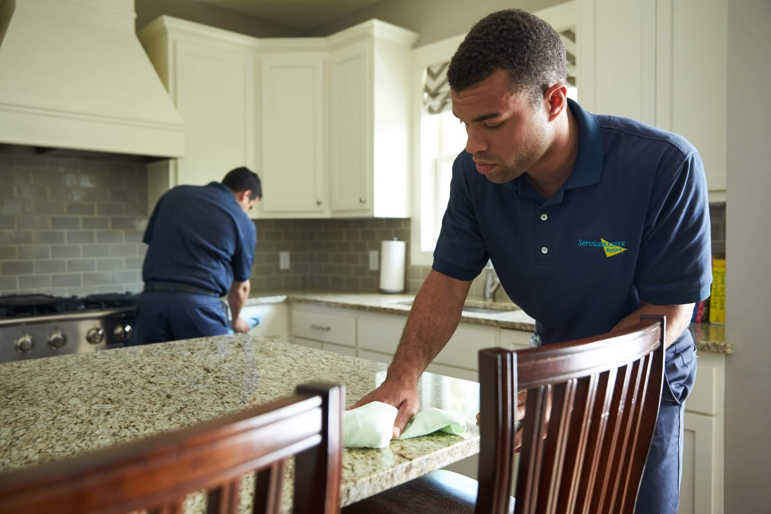 residential-water-damage-assesment-servicemaster-by-bailey
